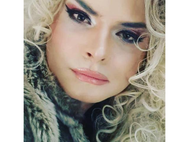 Donatella trans